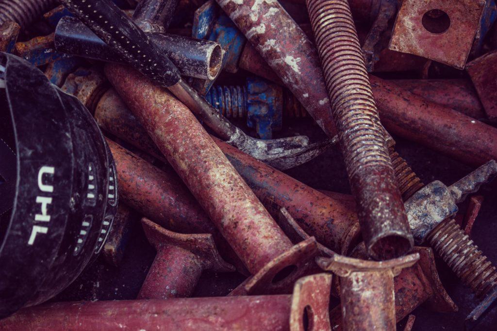 closeup photo of bolts